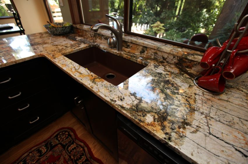 BARRACATO GRANITE KITCHEN